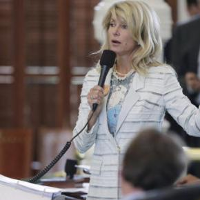 "Senator Wendy Davis credits filibuster stamina to ""weekend improv classes"""