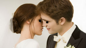 virginedward_bella_wedding_kiss_t_big