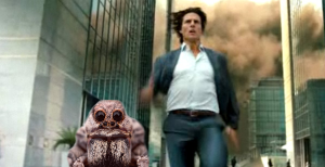 tom cruise running with spider